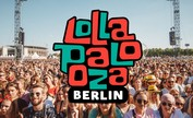 Auch Calvin Klein feiert mit auf dem Lollapalooza Festival in Berlin